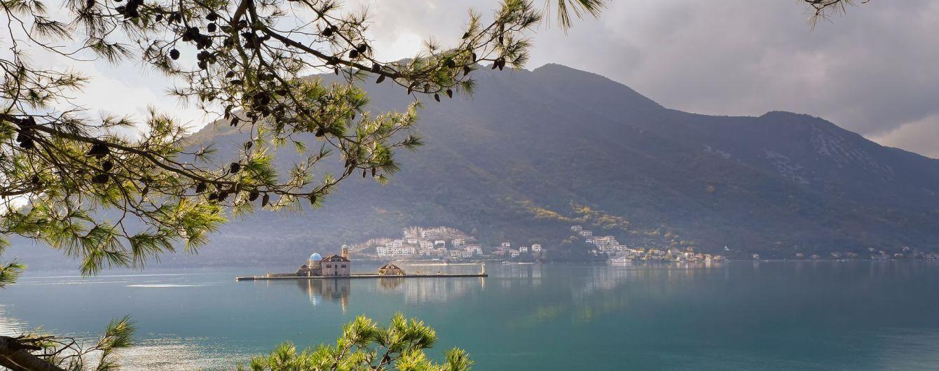 Власти Черногории изменили условия въезда для укранских туристов на свою территорию