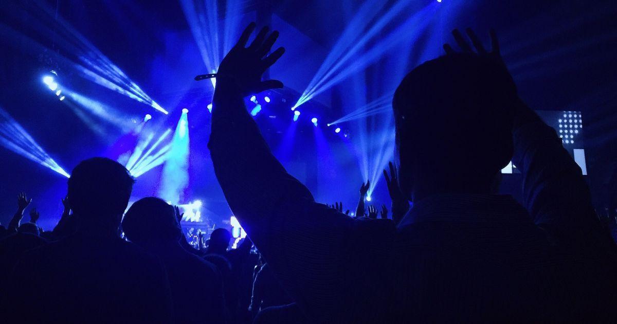 На Закарпатті під час дискотеки хлопцю відкусили частину вуха: подробиці