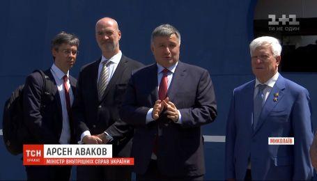 Аваков объяснил, почему силовики штурмовали автобус, когда террорист Кривош уже был задержан