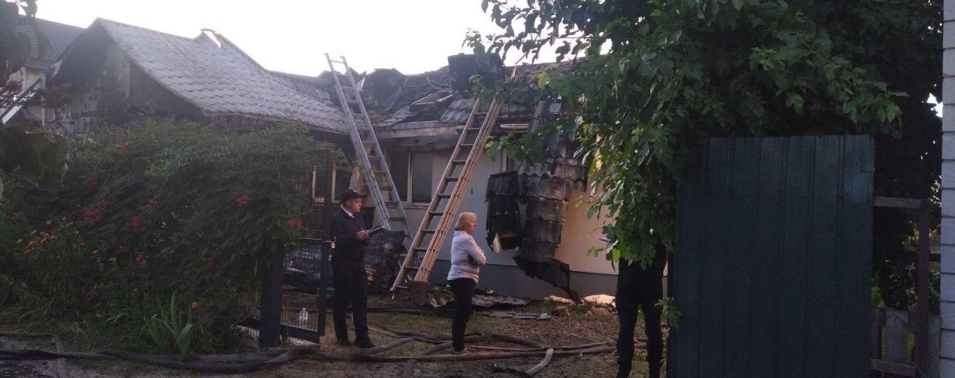 Председатель правления Центра противодействия коррупции Шабунин заявил о поджоге своего дома в Киеве