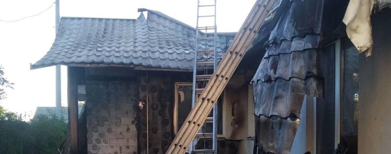 Подробности пожара в доме активиста Шабунина: что происходит на месте ЧП