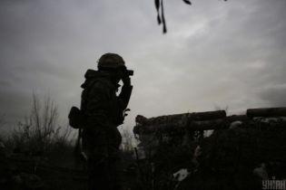 Обстрелы не прекращаются: российско-оккупационные войска продолжают гатить из пулеметов на Донбассе