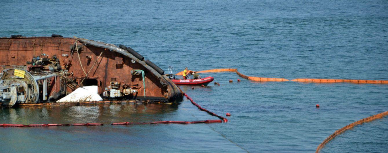 """""""Щоб розпилити бюджет"""": власники """"Делфі"""" стверджують, що були готові прибрати танкер за вдесятеро меншу суму"""
