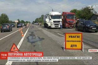 У Київській області сталася потрійна ДТП – 1 людина загинула, 9 отримали травми
