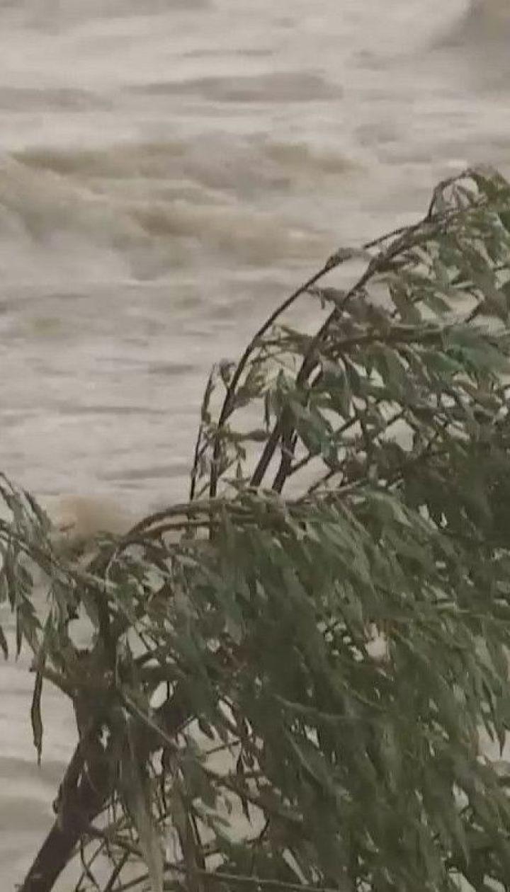 Без зонта - из дома ни ногой: в западных и северных регионах идут непрерывные дожди