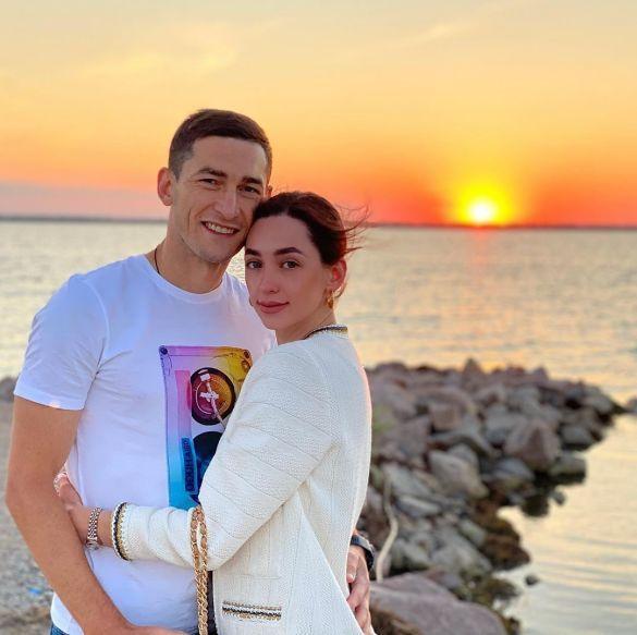 Тарас Степаненко з дружиною