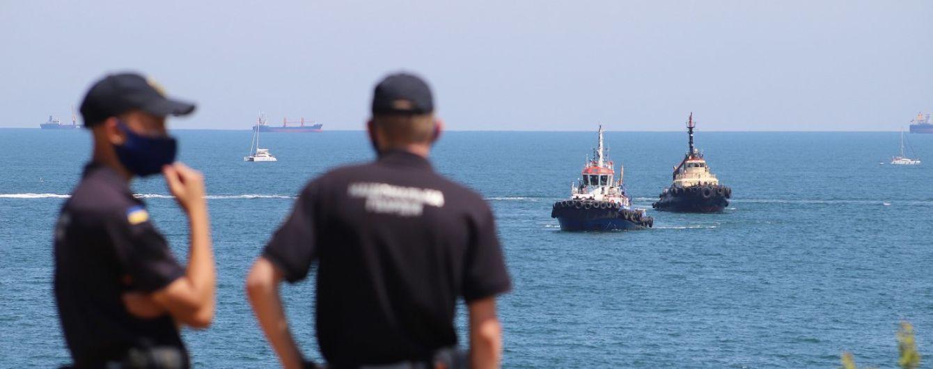 """Неудачное поднятие танкера """"Делфи"""": судовладелец выбрал дешевый и ненадежный способ эвакуации судна"""