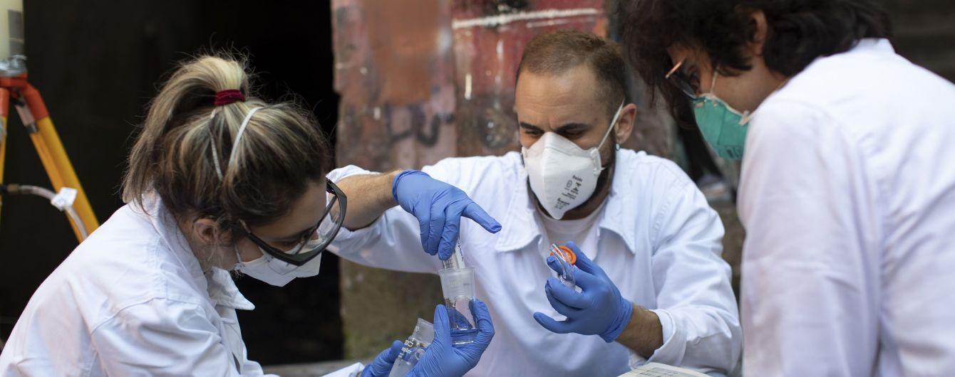 В Винницкой областной клинической больнице зафиксировали вспышку коронавируса: больны медики и пациенты
