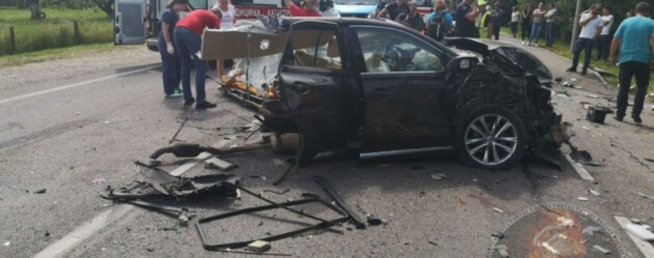 В больнице скончалась одна из пострадавших девочек в тройной аварии во Львовской области