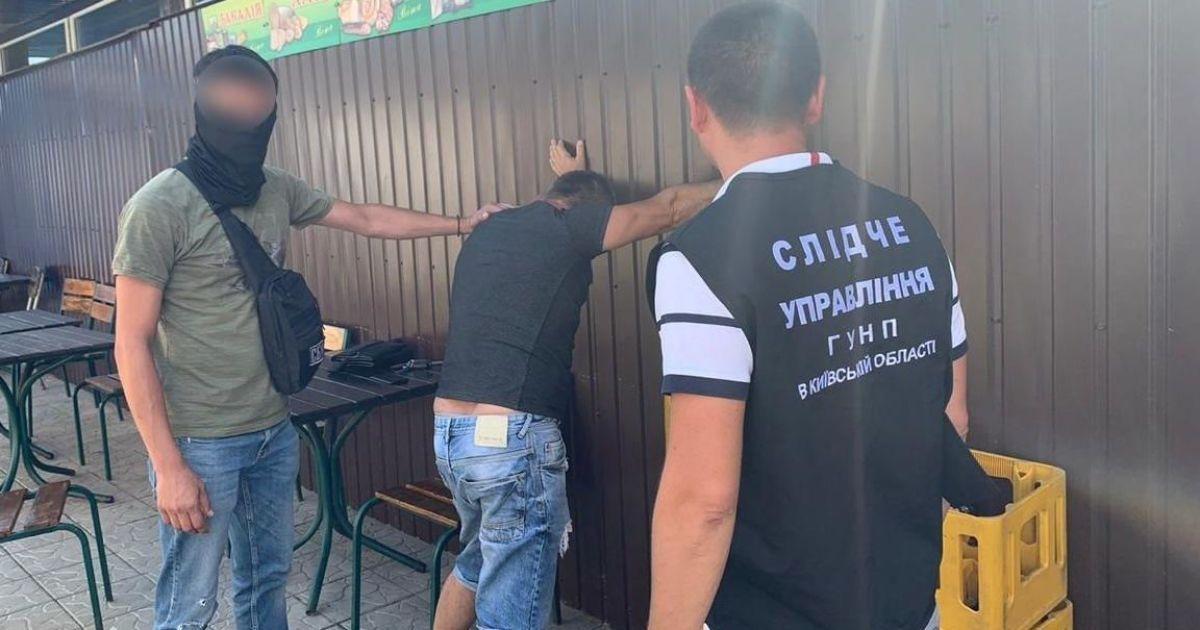 Под Киевом задержали депутата во время получения взятки в сумме 1,5 тысячи долларов