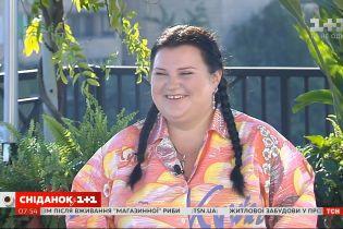 Певица alyona alyona призналась, что для нее самое сложное в процессе похудения