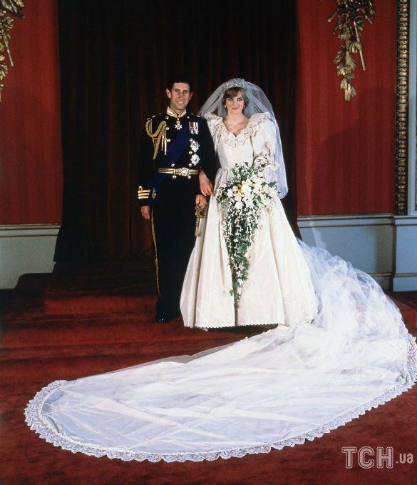 Свадьба принцессы Дианы и принца Чарльза_10