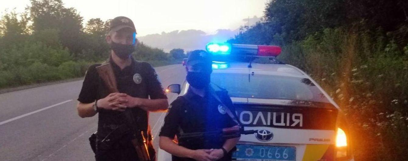 Полиция просит киевлян не трогать подозрительные пакеты на улицах города