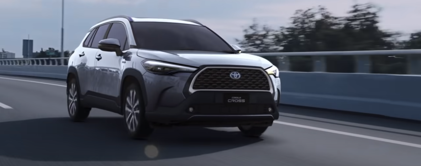 Toyota объявила о старте продаж нового кроссовера Corolla Cross: названа цена