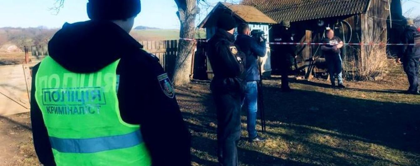 Убил топором жену и задушил полуторагодовалую дочь: жителю Буковины грозит пожизненное заключение