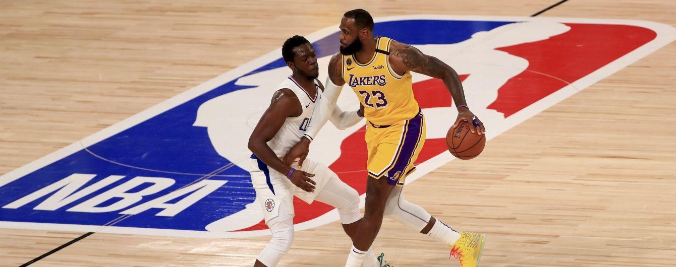 НБА рестартувала: українець не зіграє у першому матчі після карантину