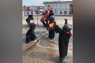 Малюки-засновники Києва стали учнями Гоґвортсу