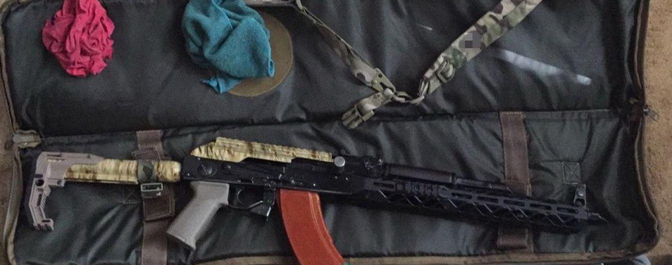 В Киеве задержали организатора группировки подпольного производства и продажи оружия
