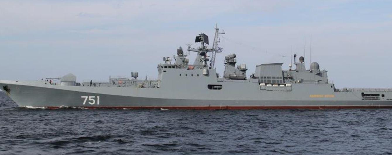 Російські військові провели артилерійські стрільби біля берегів анексованого Криму
