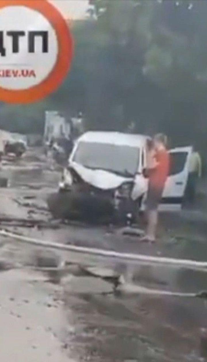 У результаті ДТП жінка ледь не згоріла живцем у автівці – на ній зайнялися волосся і одяг