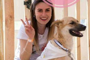В Одесі на зоозахисницю накинувся пес, за яким вона доглядала: дівчина у реанімації