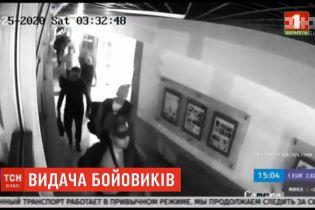 """Зеленський та Лукашенко телефоном обговорили можливість видачі Мінськом Києву """"вагнерівців"""""""