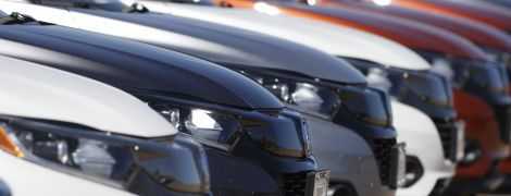 Honda відкличе понад пів мільйона мінівенів та позашляховиків: існує декілька причин