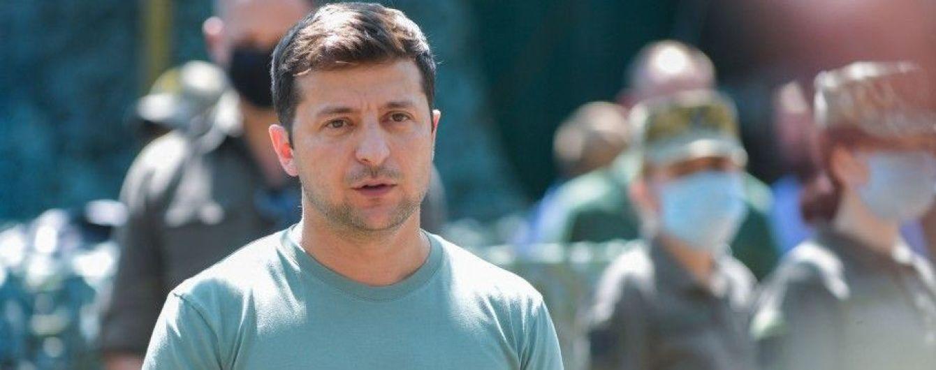 Зеленский ответил, почему не отреагировал на нарушение перемирия на Донбассе и убийство украинского военного