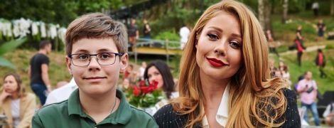 Какие милые: Тина Кароль сделала селфи с сыном Вениамином