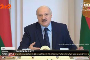 Лукашенко заявил о гибридной войне против Беларуси