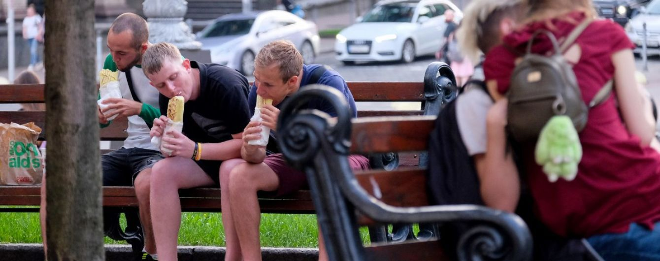 Насколько высокие и имеют ли ожирение: Госстат обрисовал физиологический портрет украинцев