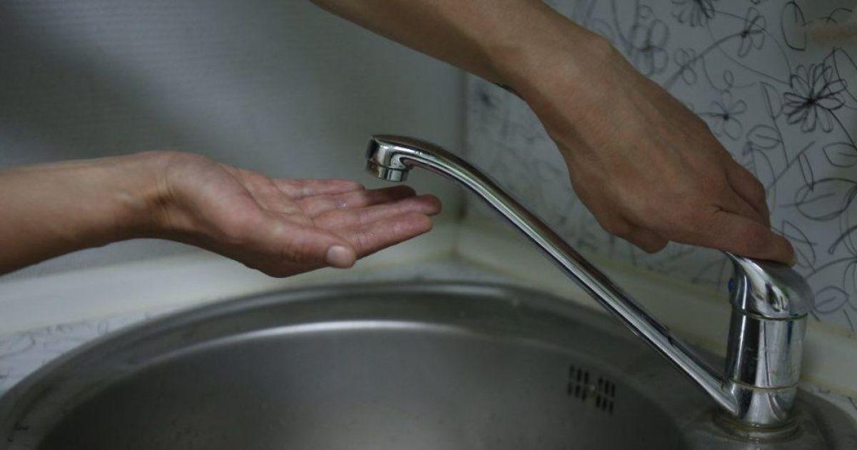 У Києві майже 200 будинків залишилися без гарячої води: коли з'явиться