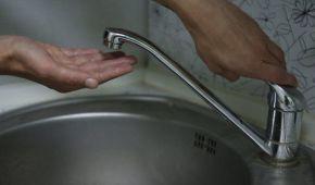 В отключенных от водоснабжения городах Днепропетровской области срочно погасили долги, но воды нет