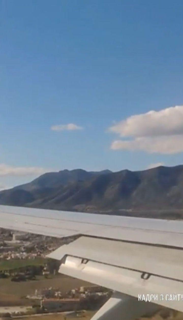 В Іспанії екстрено посадили літак через українця, який відмовився надягнути маску