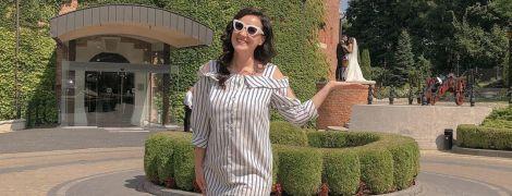 В платье-рубашке и кроссовках: Соломия Витвицкая похвасталась новым луком и показала кадры со Львова