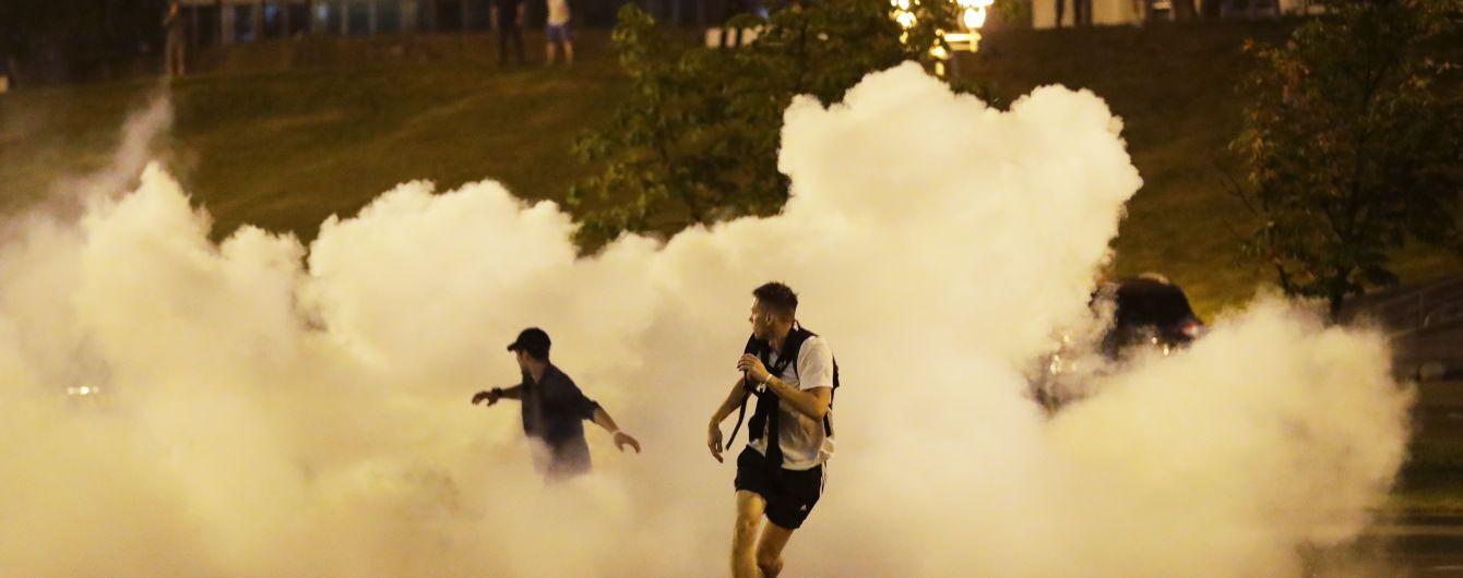 Травмированные резиновыми пулями: в Минске всю ночь в больницы свозили раненых протестующих
