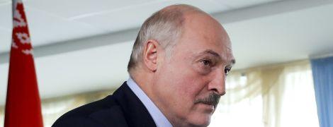 """Лукашенко: вибори минули """"як свято"""", а протестувальниками """"керували як вівцями"""""""