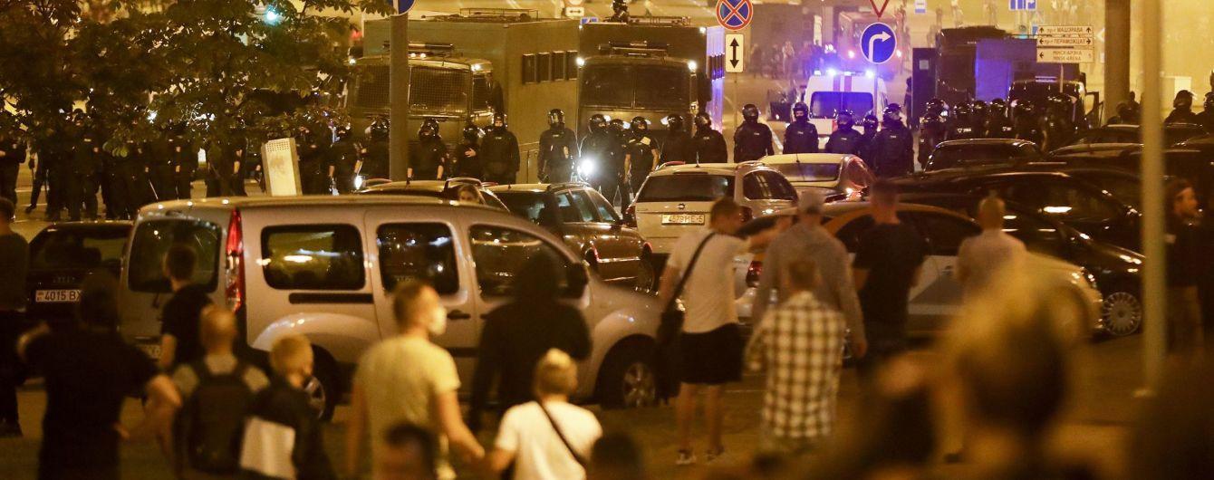 В Беларуси власть угрожает изымать авто, которыми протестующие блокируют дороги
