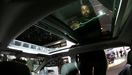 Стало известно, какие функции больше всего раздражают водителей в современных авто