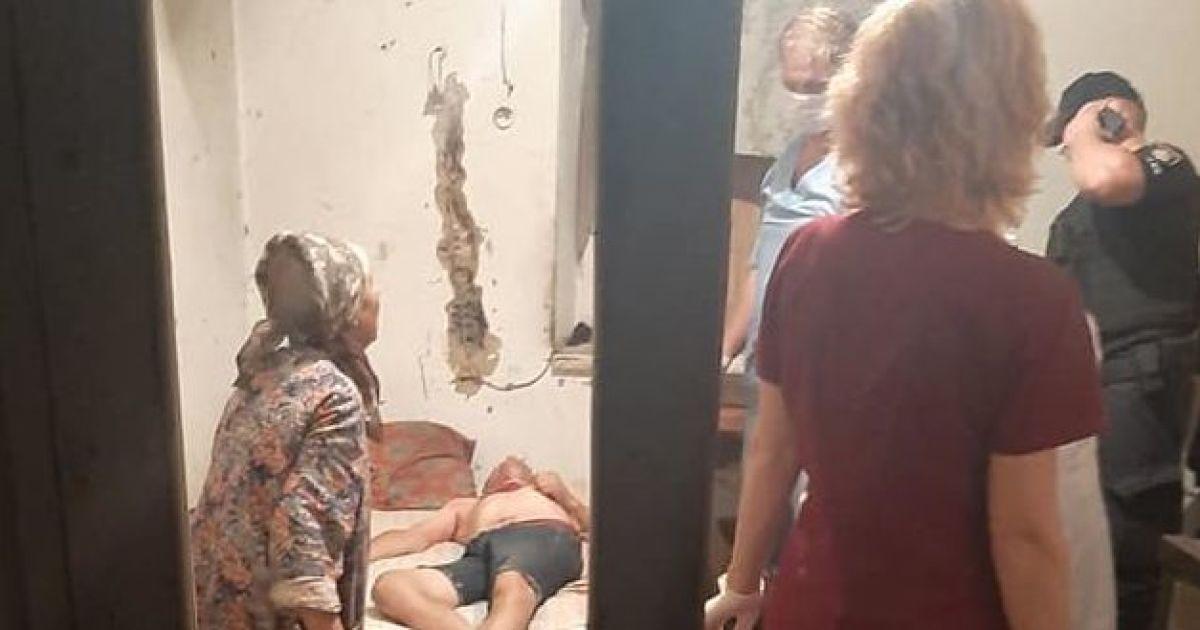 В Мелитополе женщина бросалась под колеса авто, чтобы спасти сына