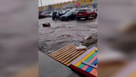 Непогода в Одессе: улицы затопил дождь