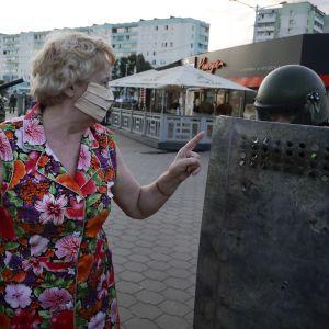 В Беларуси во время массовых протестов задержали более полсотни журналистов