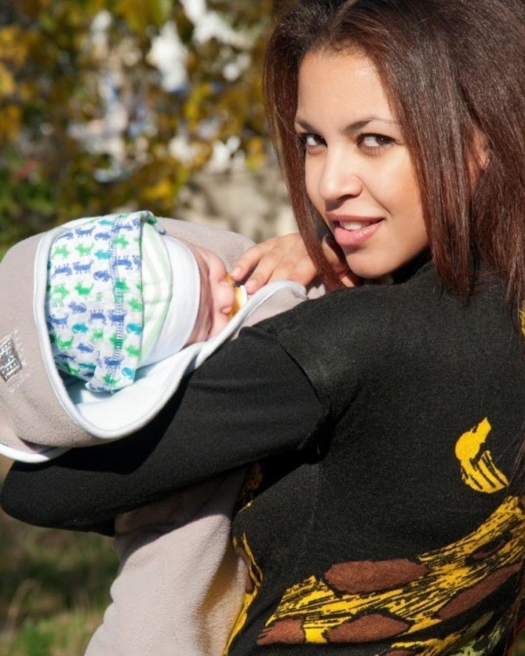 Поліна Ололо з сином_3