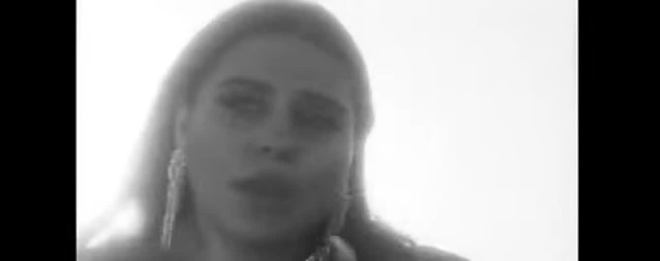 """Группа KAZKA выпустила атмосферный клип на """"Пісню Сміливих Дівчат"""", снятый в Дубае"""