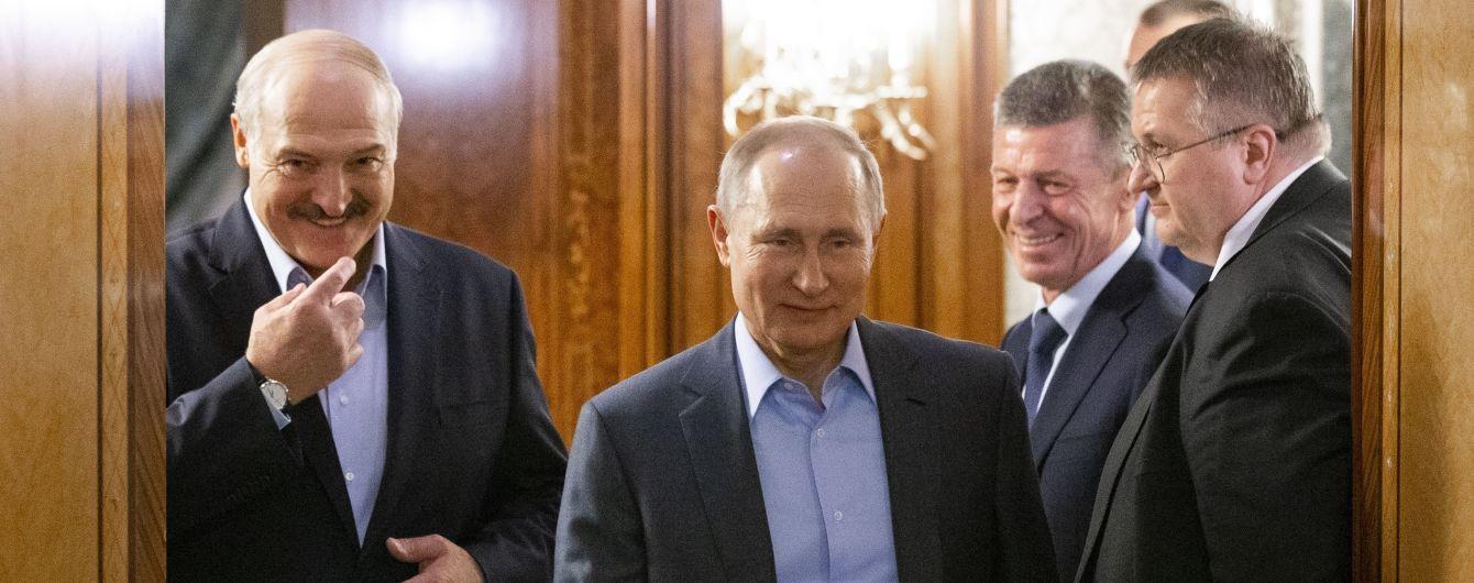 Зустріч президентів у Сочі: що Путін пообіцяв Лукашенкові