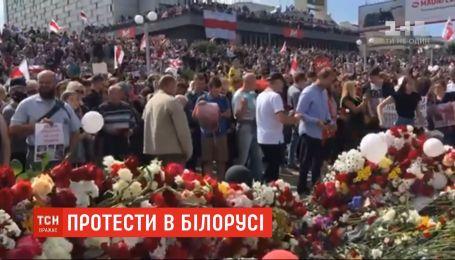 Возмущенные белорусы готовятся к Маршу свободы