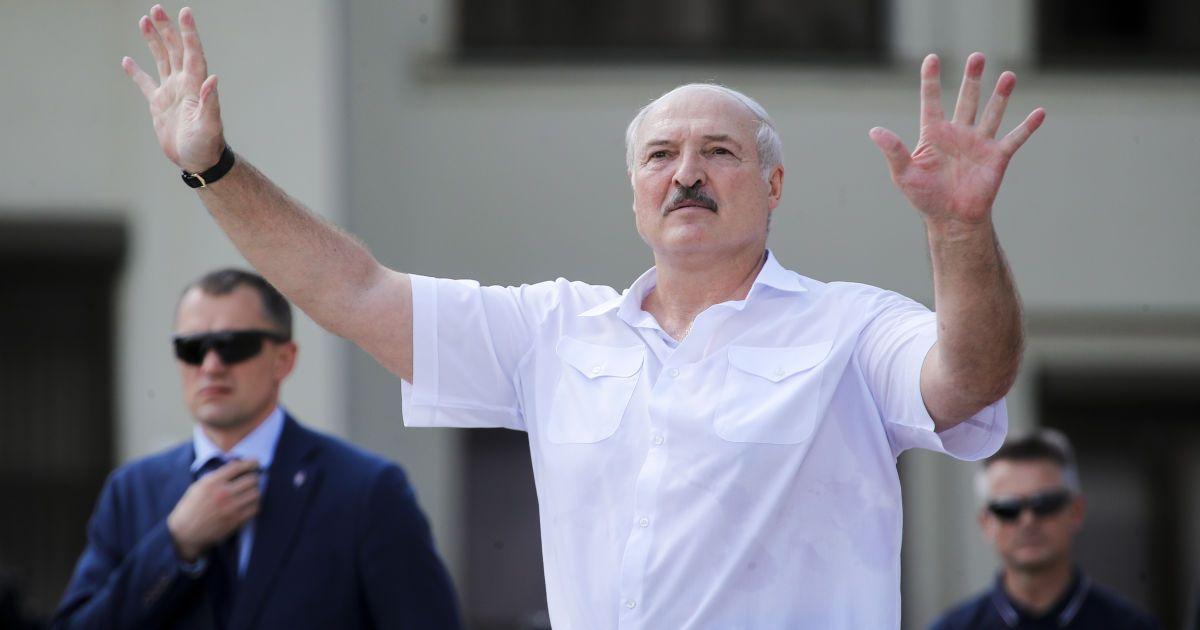 Лукашенко домовився з Путіним про рефінансування боргу в 1 млрд доларів