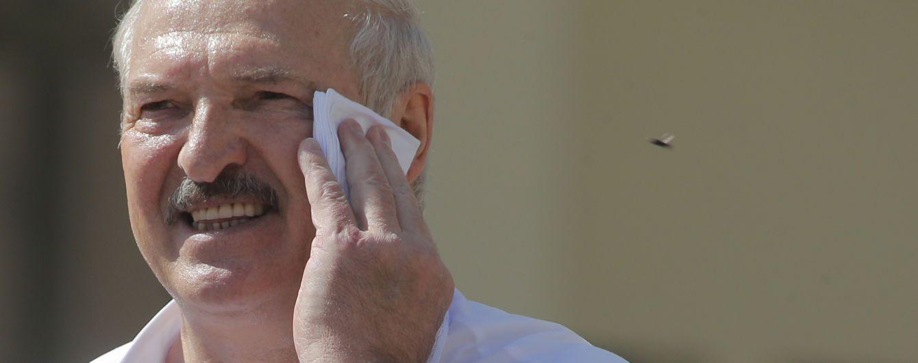 """Лукашенко утверждает, что Беларусь перехватила звонок Берлина и отравления Навального — """"фальсификация"""""""