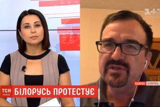 Минимум пять человек погибли во время протестов в Беларуси - правозащитники