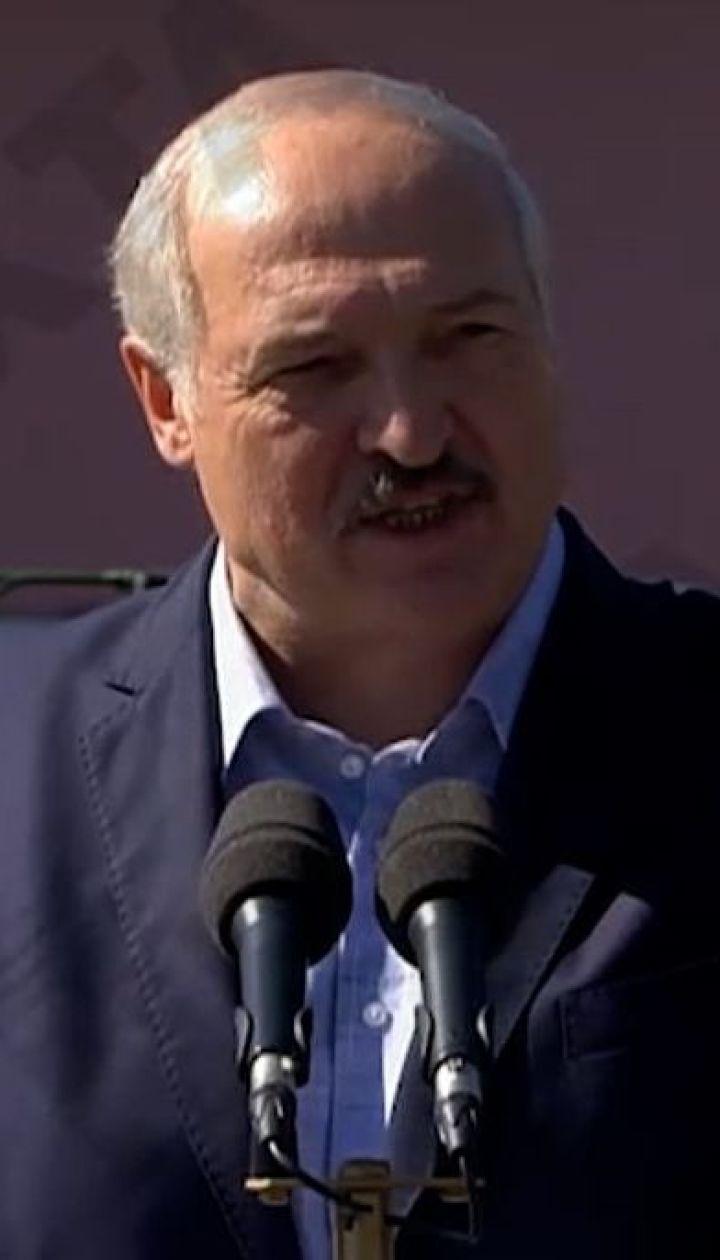 Лукашенко VS работники заводов: эпические кадры забастовок на предприятиях Беларуси